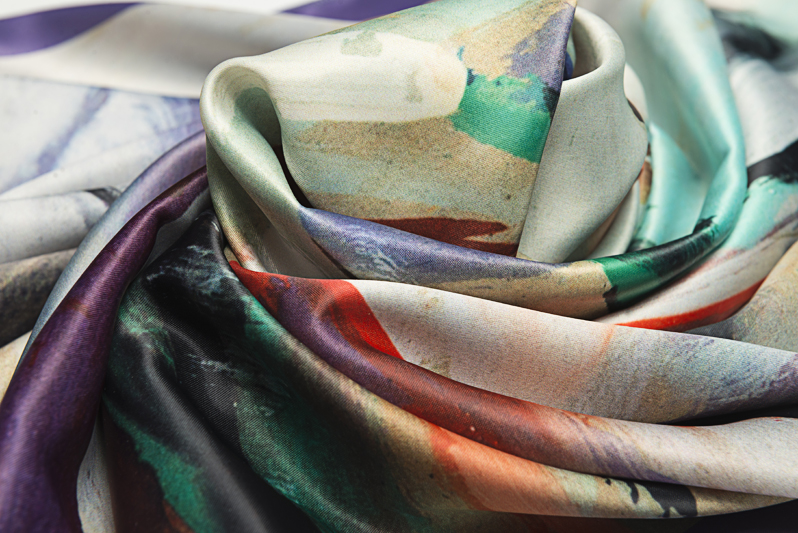 "Neck Scarf ""Passionate Dance"" - img. 3"