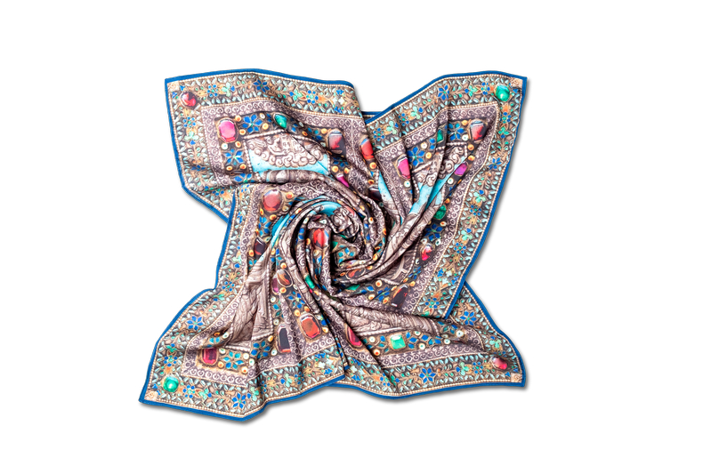 "Square neck scarf ""Parzatumar"""