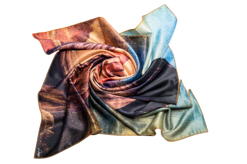 "Silk scarf ""Several episodes from Joconda's life"""