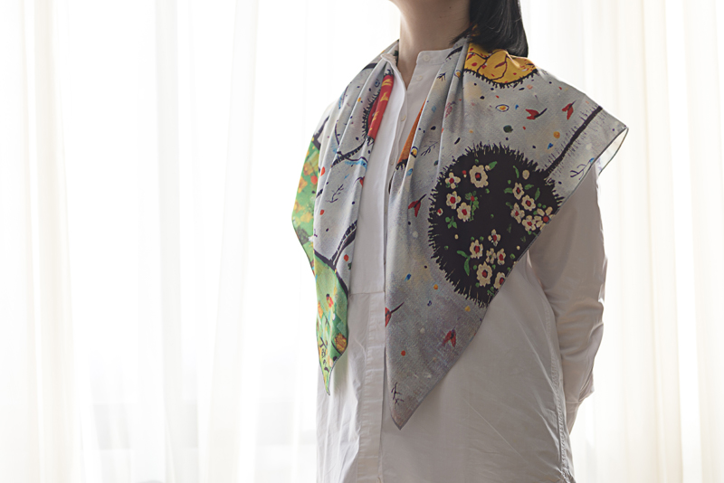 "Square neck scarf ""Garden"" - img. 2"
